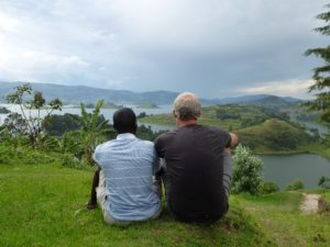 Stephen und Andre am Lake Bunyonyi